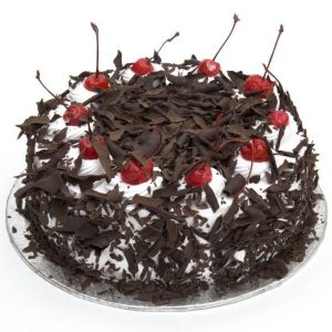 Black Forest Cake-Fresh Cream And Chocochips