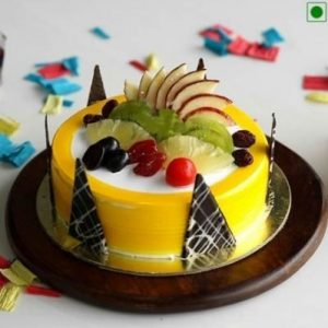 Pineapple fresh fruit cake with fresh cream