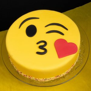Emoji pineapple cake