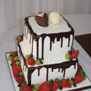 Fresh fruit chocolate square cake
