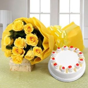 Pineapple cake with 10 yellow roses bunch