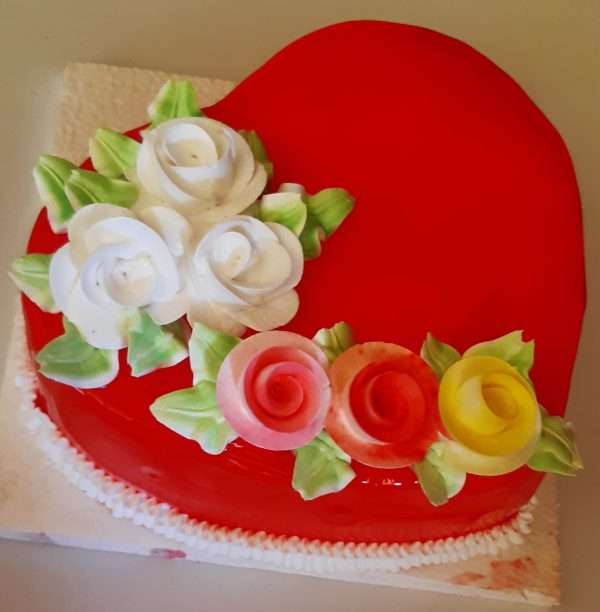 heart shape cake in butter scotch at cakejee.com
